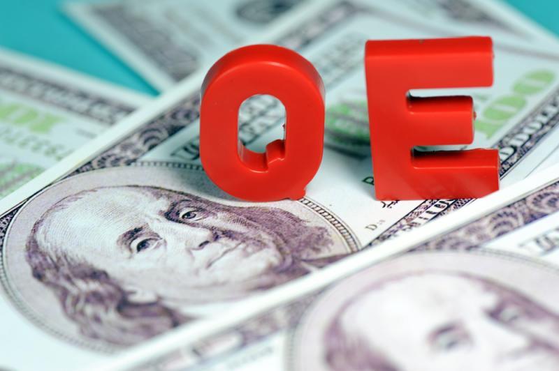 最後一口槓桿,QE及樓策兩邊壓迫